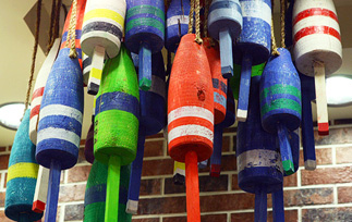 planet-hollywood-buoys